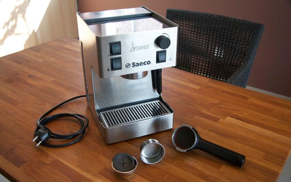 Чистка кофемашины саеко